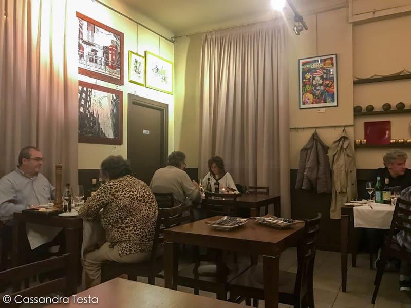 Atmosfera calda ed accogliente al ristorante I Poeti del Gusto