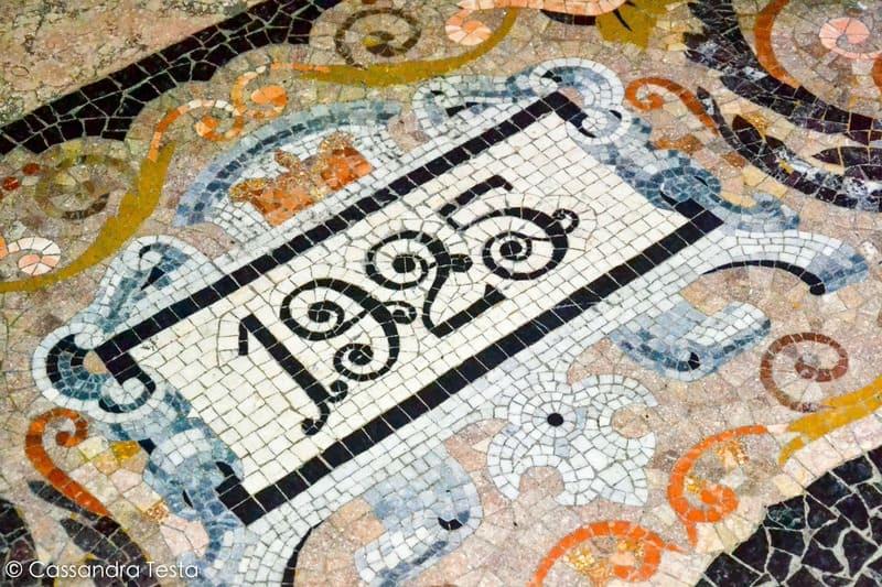 Mosaico sul pavimento dell'Albergo Diurno