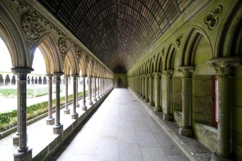 Cortile Abbazia Mont Saint Michel