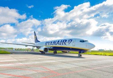 Ryanair riparte e sconta