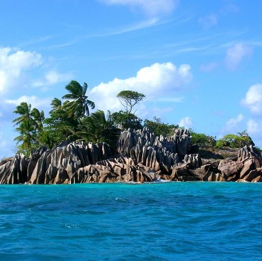 st.peirre island praslin seychelles