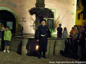 alsazia-paesi-turckheim-guardiano-notte