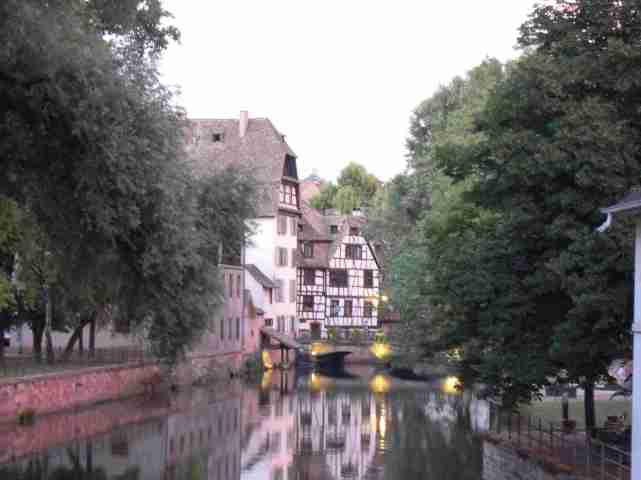 strasburgo-alsazia-case-fiume