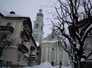dobbiaco-alta-pusteria-chiesa-verde