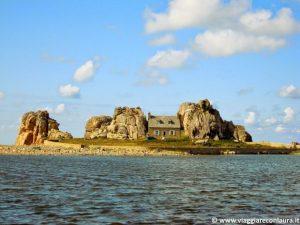 casa fra le rocce castel meur bretagna
