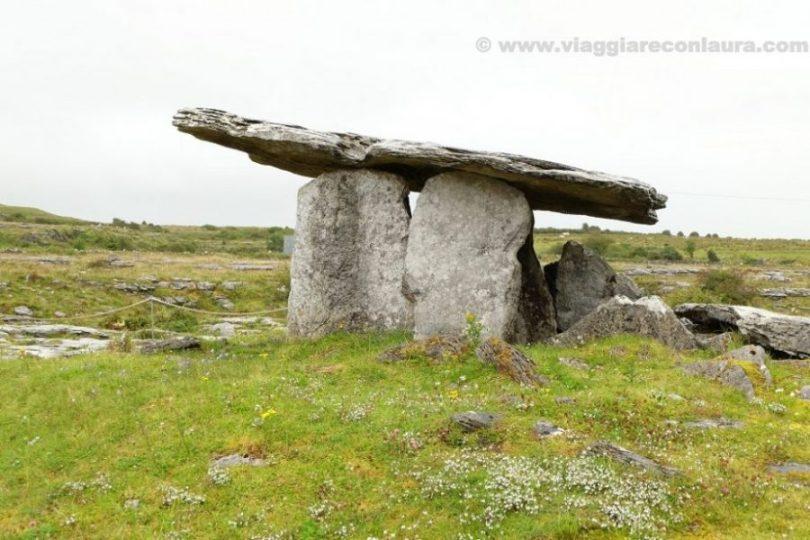 dolmen Poulnabrone burren ireland (1)