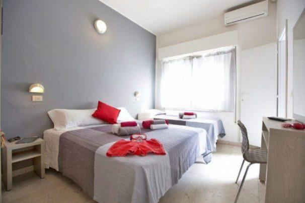 dove dormire a rimini stanza hotel sabrina
