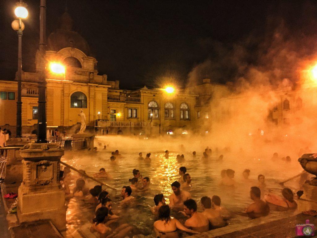 Terme a Budapest consigli utili per visitare i Bagni Szechenyi