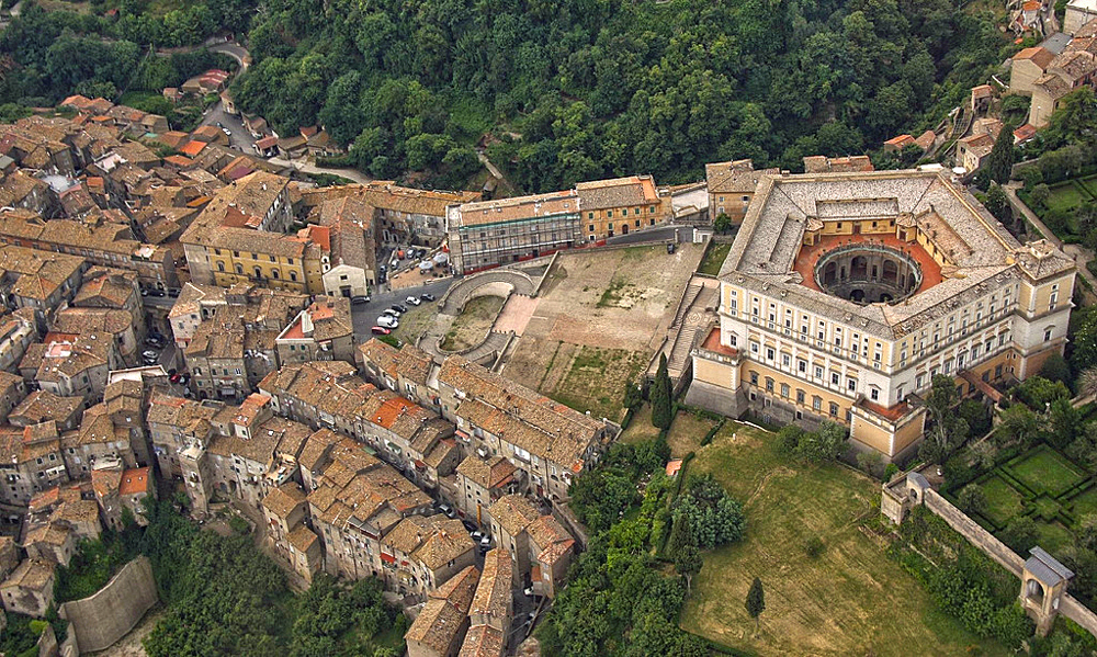 Palazzo Farnese dall'alto