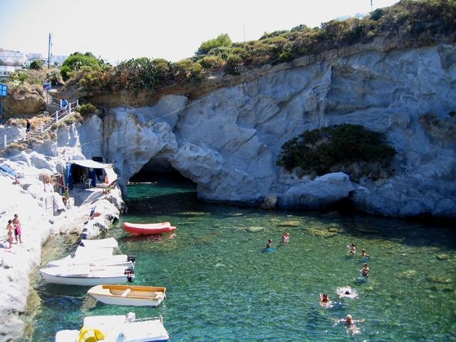 Isola di Ponza Le piscine