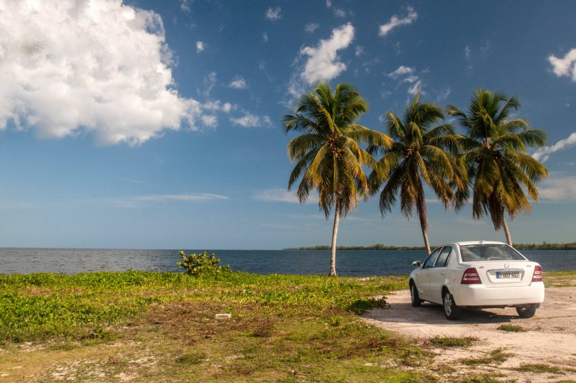 rent car cuba on the road