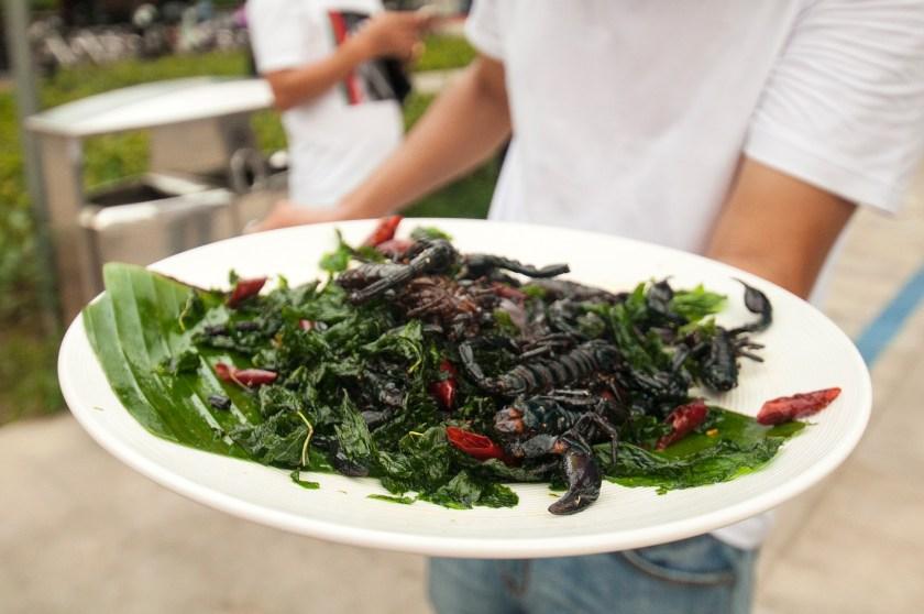 assaggiare-street-food-cinese-scorpione