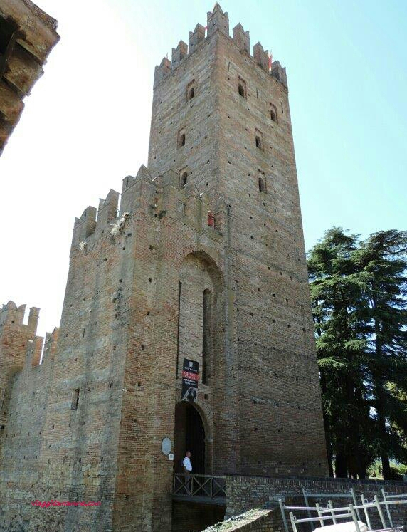 Ritorno al Medioevo un giorno a Castell'Arquato e Grazzano Visconti- la Rocca Viscontea Castell'Arquato-