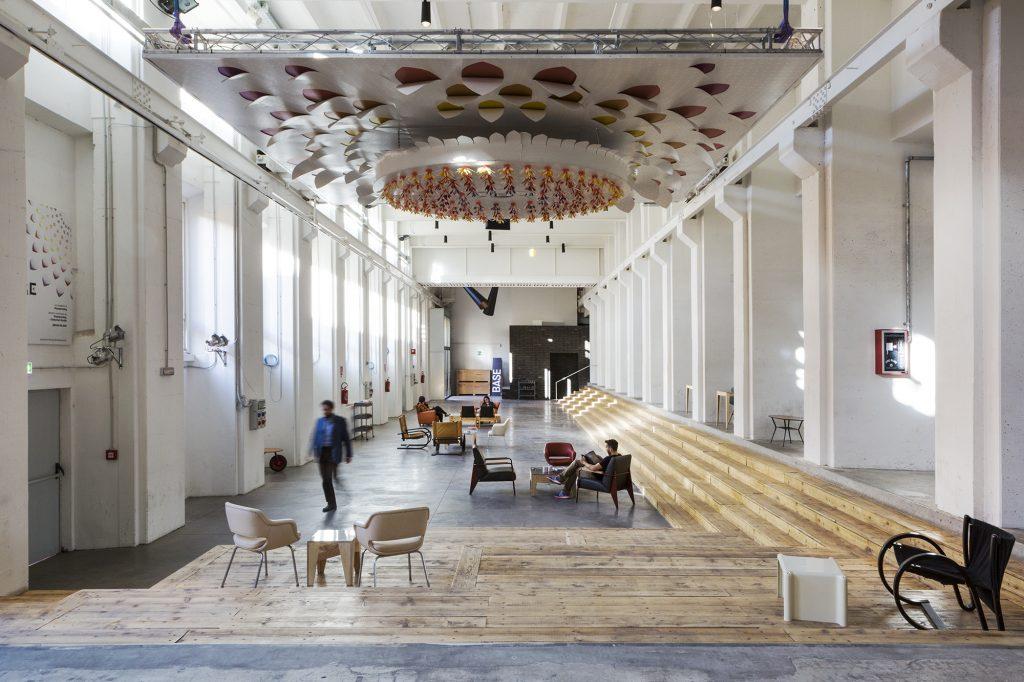 Il nuovo ostello casaBASE a Milano visto da Viaggi di Architettura