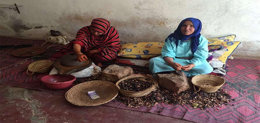 donne-marocchine-che-lavorano-largan