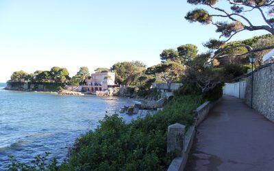La Promenade Maurice Rouvier a Boulieu Sur Mer