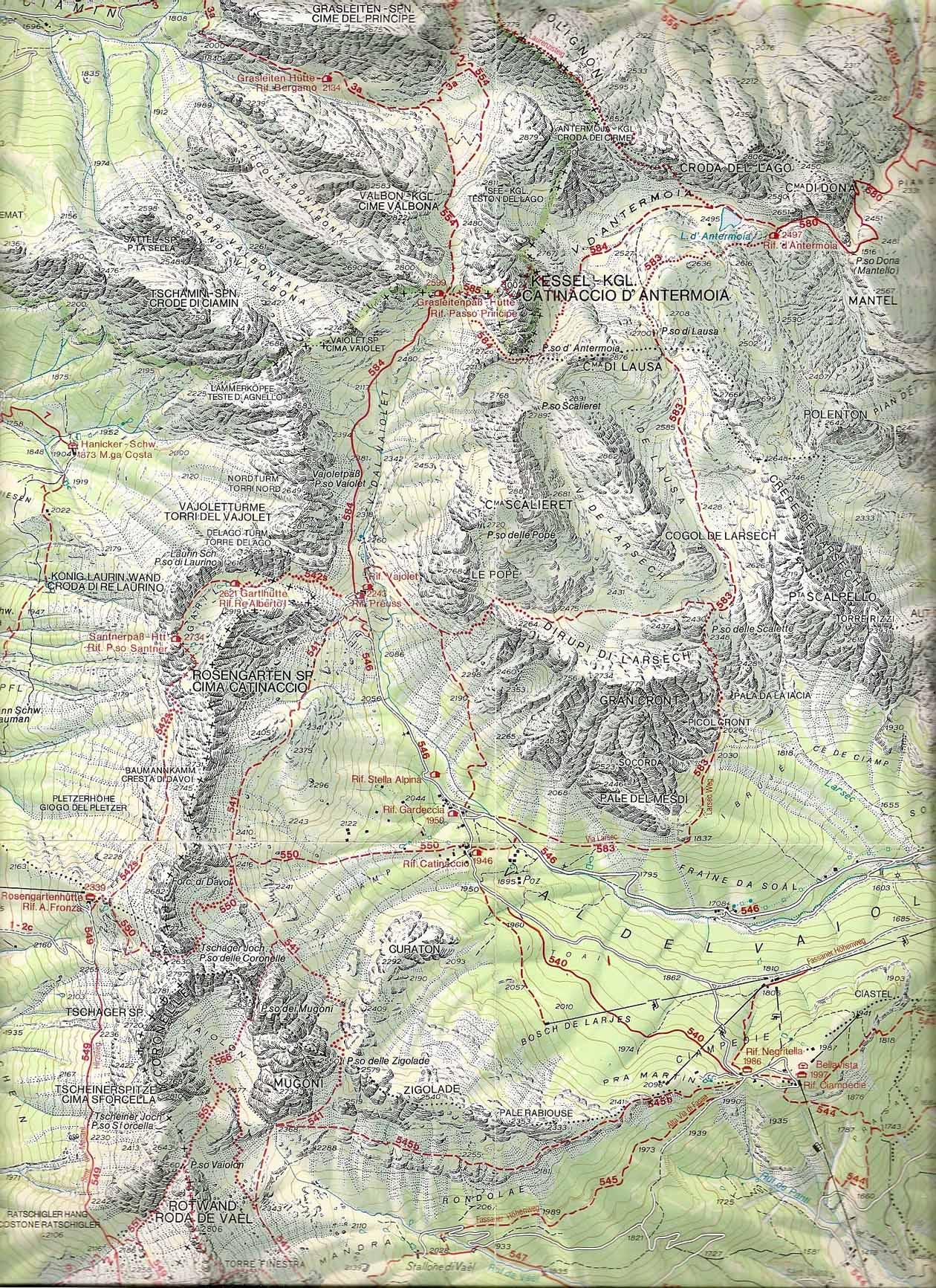 Trekking sulle Dolomiti zona del Catinaccio