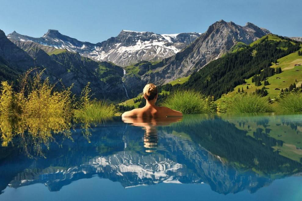 Piscine incredibili questi i 30 posti pi strani dove nuotare