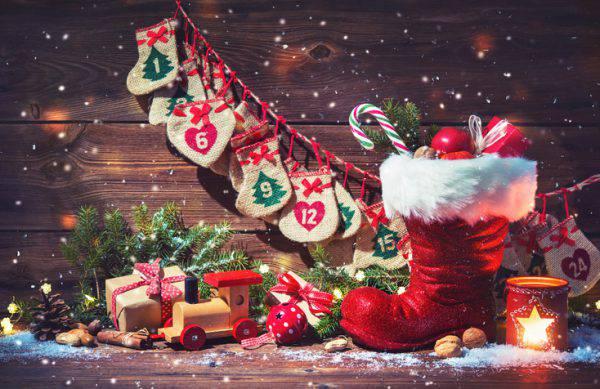 Solo bellissime immagini di natale gratis da condividere sui social network, su whatsapp, facebook, etc. Albero Di Natale 2018 I Consigli Per Le Decorazioni Piu Belle