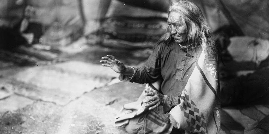 Il tremore delle mani degli sciamani Navajo