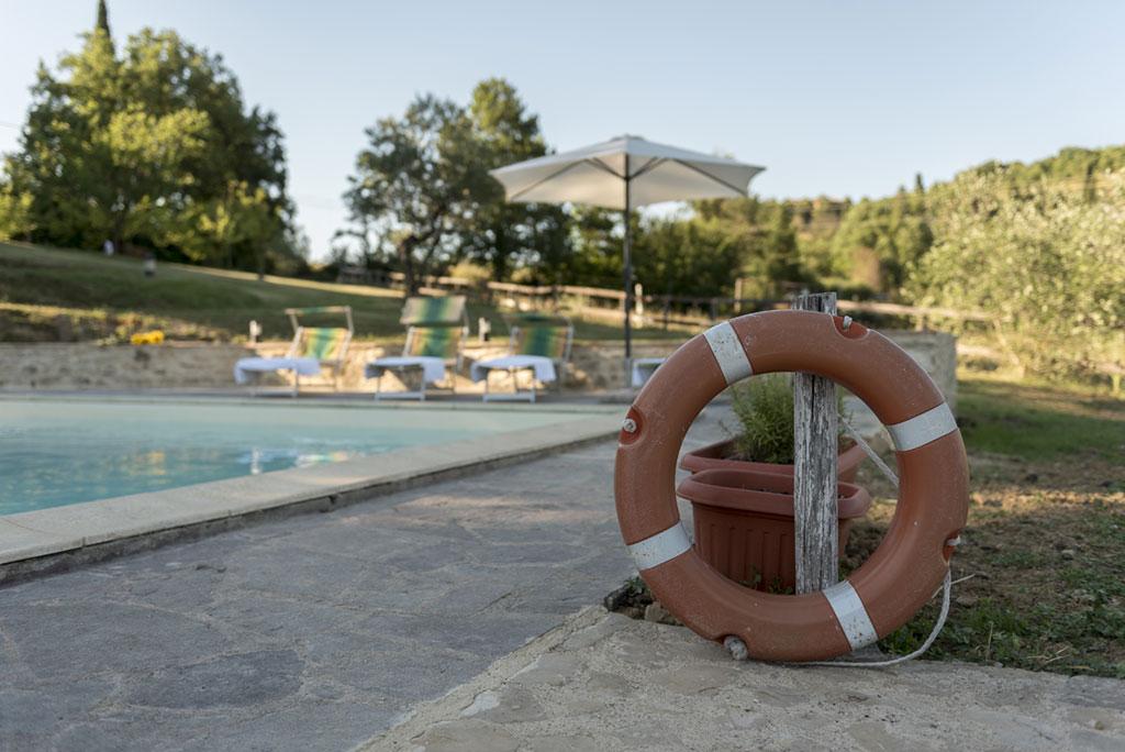 Agriturismo con piscina e con lago  Agriturismo biologico Citt di Castello Umbria