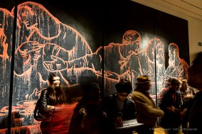 Wang Guangyi, The last Supper (New Religion) 2011. Olio su tela / Oil on canvas, 400 x 1600 cm.