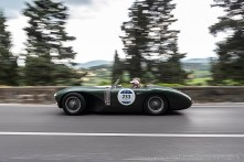 Quirina LOWUMAN e James WOOD su ASTON MARTIN DB3 S 1952