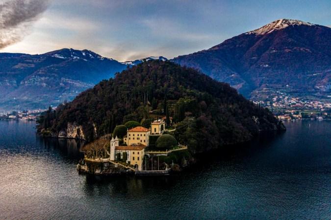 La Villa del Balbianello a Lenno, fotografata dal drone