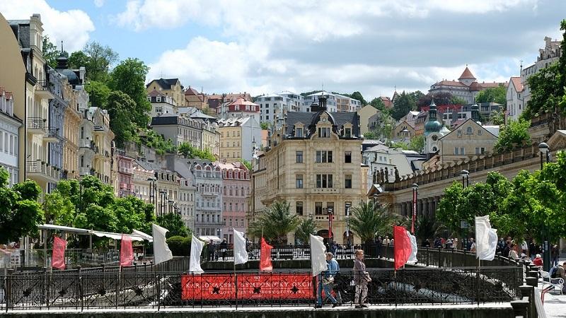 Cosa vedere a Praga: gita di un giorno a karlovy-vary