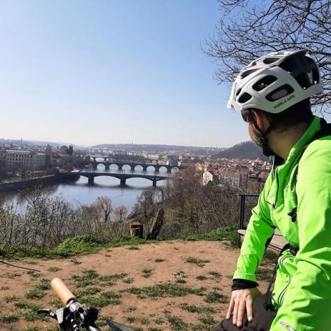 Cose da fare a Praga distanziati e attivi: itinerari sui pattini in città e fuori