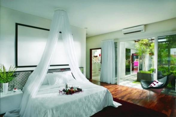 Great Tropical Houses in Urban Environment, Eco-Friendly Home Design in Malaysia - Bedroom