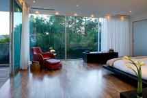 Modern House Design With Comfortable Interior Ideas