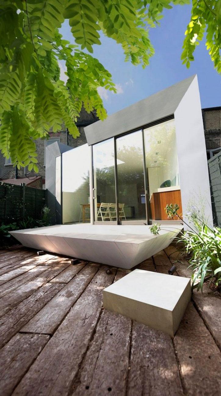 Simple Modern Terrace House Design in LondonHouse  Yard