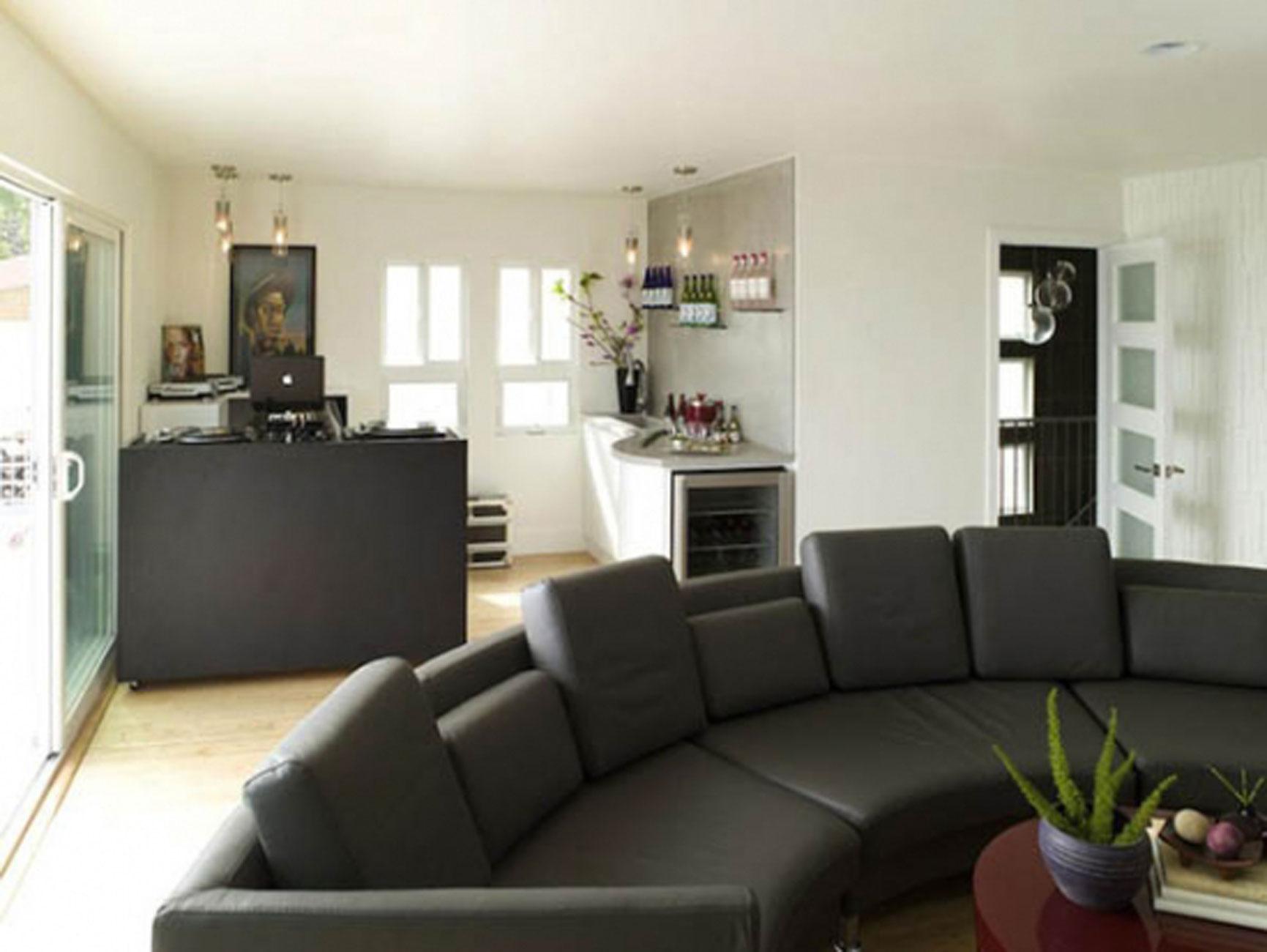 Cozy Apartment Design with Dark Furniture Decoration