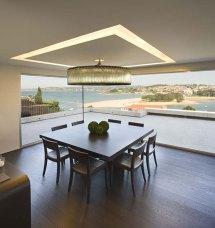 Modern Cliff House Design