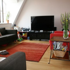 Simple Clean Living Room Design Placing Furniture In A Small Decoration