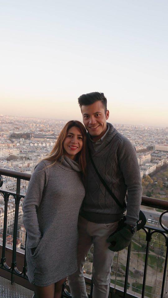 Nosotros en la Torre Eiffel.