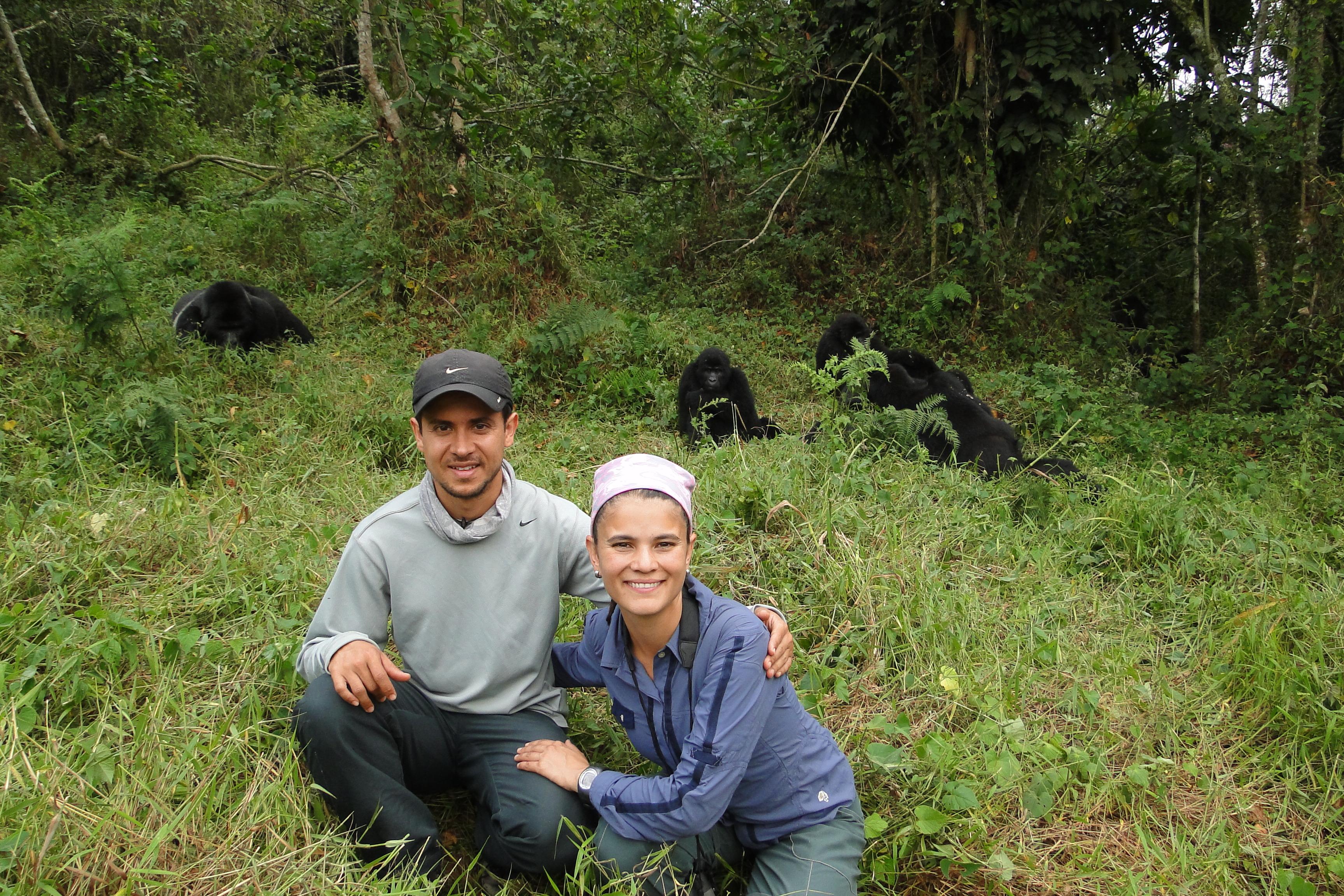 David y Alex con los Gorilas