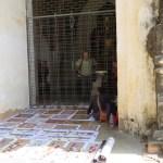 Vendedor de pinturas en Thatbyinnyu