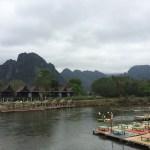 Saysong desde la orilla del río