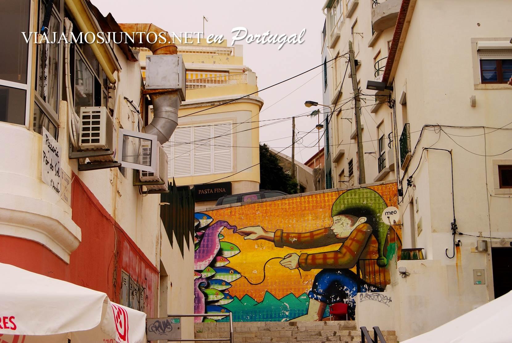 Grafitti en las calles de Sesimbra, Portugal