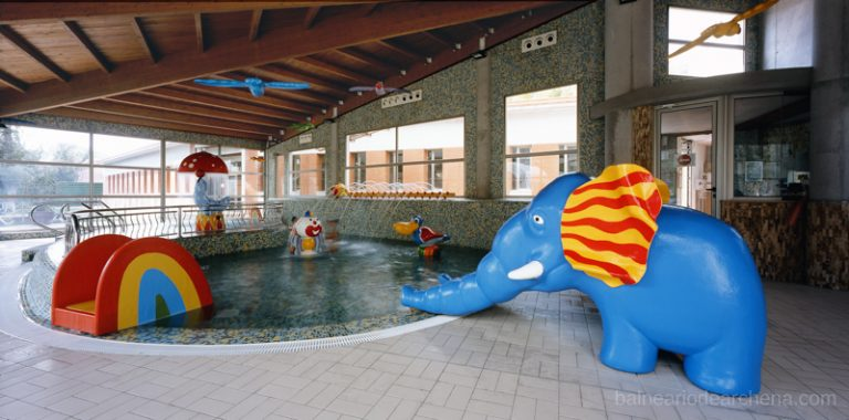 Zona niños Balneario de Archena, relax en Murcia