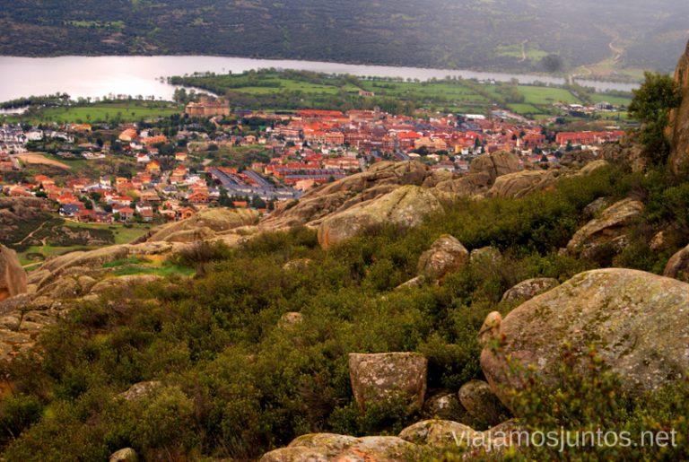 El Castillo de los Mendoza desde lo alto hacer y que ver en la Pedriza, Parque Regional de la Cuenca Alta del Manzanares, y el Manzanares el Real