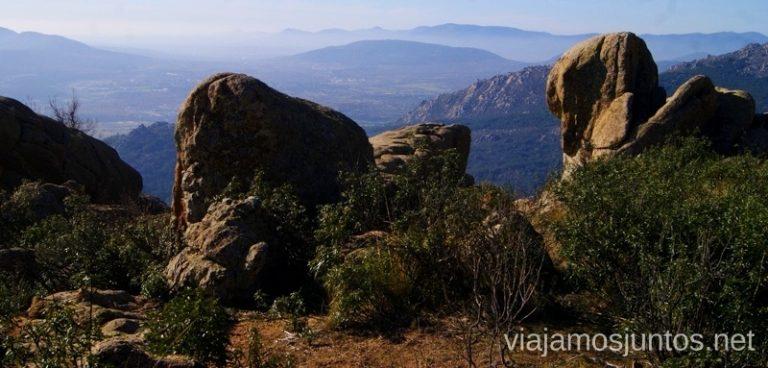 Mires dónde mires, sólo hay montaña y piedra Ruta el Yelmo Manzanares el Real Madrid