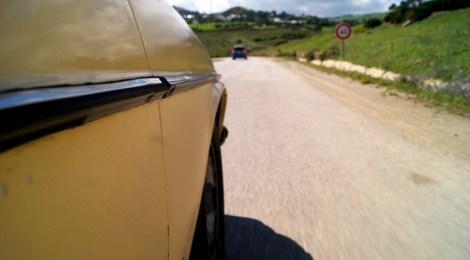 Y la carretera se escapa debajo de las ruedas... #MarruecosJuntos Como es ser taxista en Marruecas