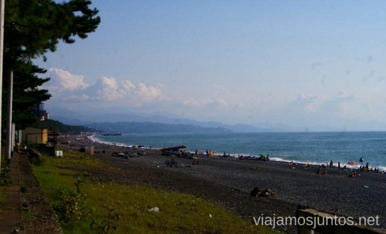 Las playas negras Kobuleti, Georgia Itinerario de viaje por Georgia. 17 días. Gran Cáucaso Parte II Tbilisi Tiflis Kutaisi Vardzia Batumi la Playa Costa