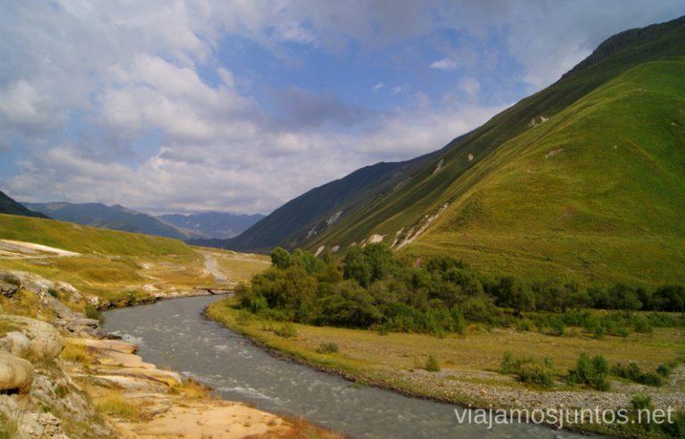 El espectacular Valle de Truso Excursión al Valle de Truso, Kazbegi, Stepantsminda, Georgia