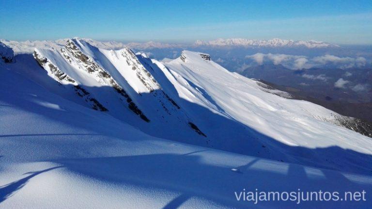 Investiga, analiza, elige la mejor opción. Te damos algunas pautas para esquiar con la mejor relación calidad-precio para ti Dónde esquiar y cómo elegir la estación de esquí que más te convenga