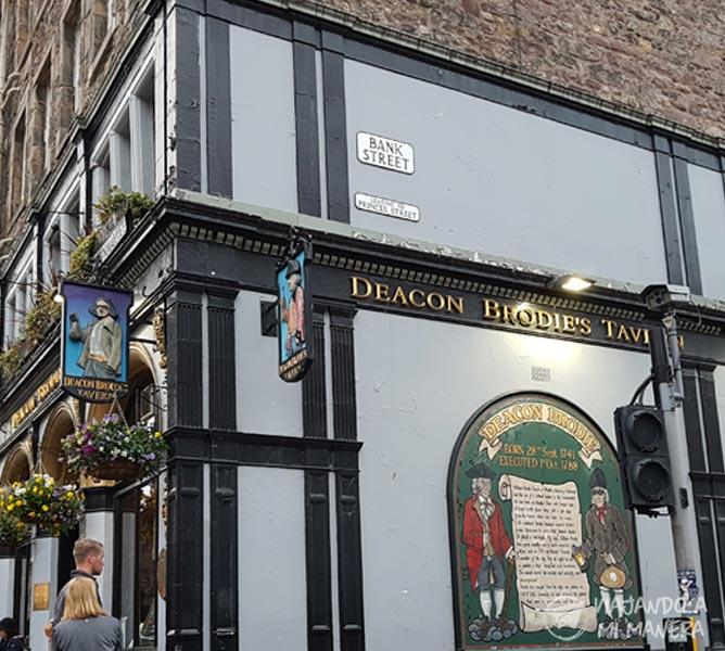 deacon-brodie-pub-01