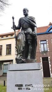 estatua-carlos-v